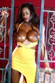 Nikki Jaye