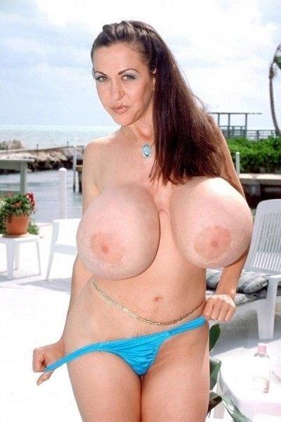 Casey James Big Tits Model Profile