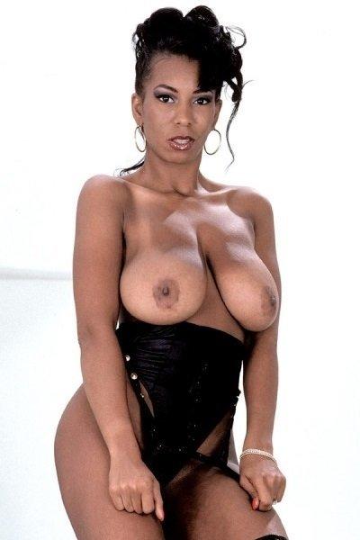 Savida Big Tits Model Profile