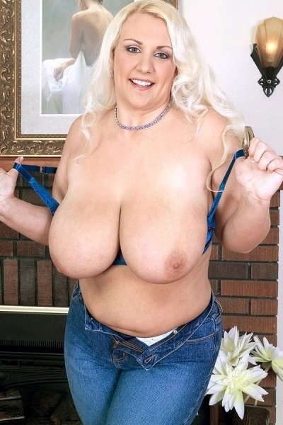 Trisha Banks Big Tits Model Profile