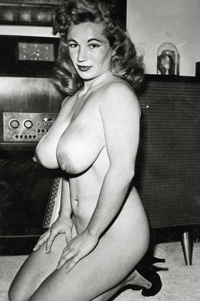 Virginia Bell Big Tits Model Profile