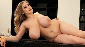 Cheryl Blossom Video - The Busty Bartender