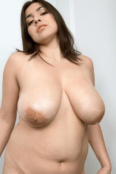 Diana Navarro Big Tits Model Profile