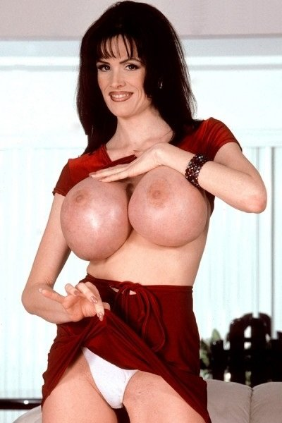 Sofia Staks Big Tits Model Profile