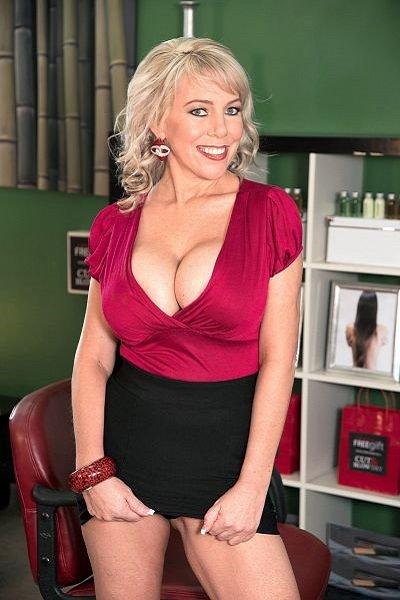 Tarise Taylor Big Tits Model Profile