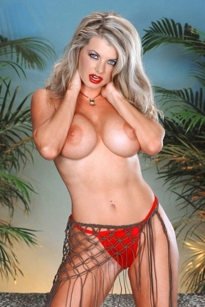 Vicky Vette Big Tits Model Profile