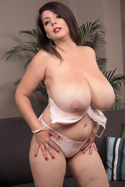 Lara Jones Big Tits Model Profile