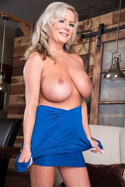 Samantha Jay Big Tits Model Profile