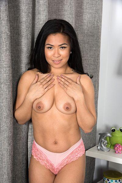 Maya Big Tits Model Profile