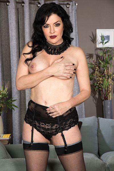Natalie Lorenz Big Tits Model Profile
