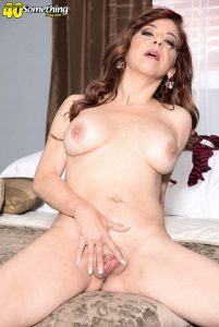 Jacquie James Photo - Jacquie James' first nude photos