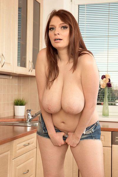 Sofie Style Big Tits Model Profile