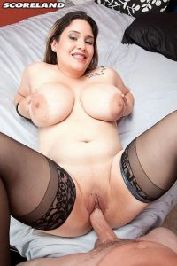 Chloe Rose Photo - To Tap A Top heavy Texan